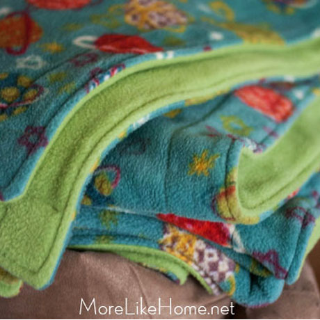 easy fleece blanket tutorial extra large