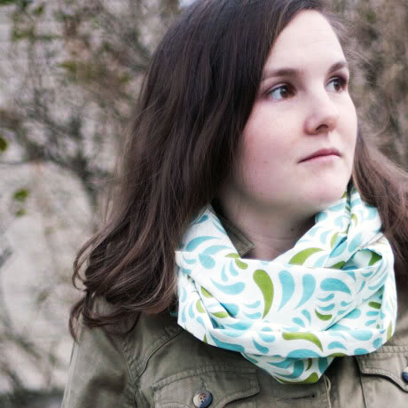 diy lightweight easy infinity scarf tutorial pattern