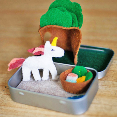 diy toy unicorn felt playset mini altoid tin